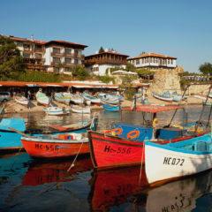несебр, рыбацкие лодки в пристани