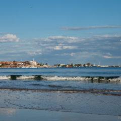 черное море волны несебр