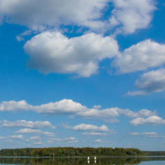 озеро, зеркало воды, облака